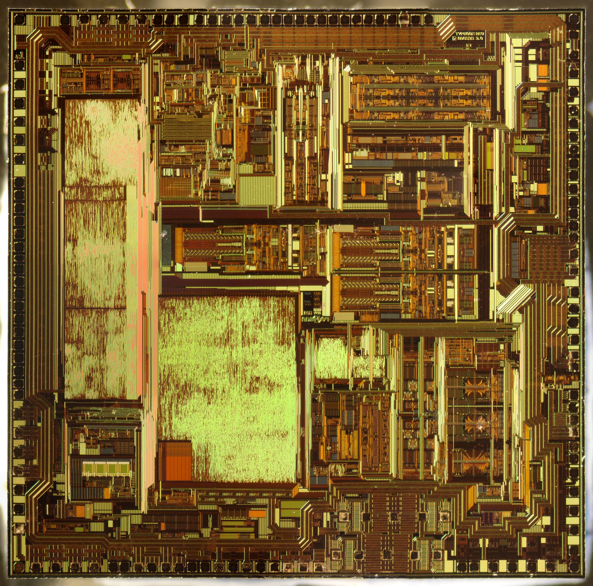 integrated-circuit-876099_1920